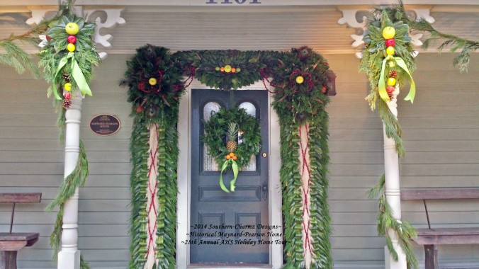 Merry Christmas from www.southern-charmz.com & AHS's 28th Annual Maynard-Pearson's Holiday Home Tour. Come on in, the fresh pineapple of hospitality beckons...!